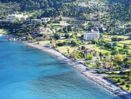 Marmaris,Te 100000M2 Arsa Üzerine Kurulu Helikopter Pisti Mevcut Tatil Köyü